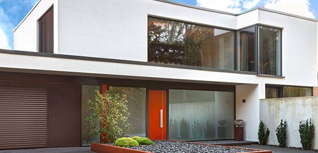 Farbige Eingangstüren von adeco: Foto adeco
