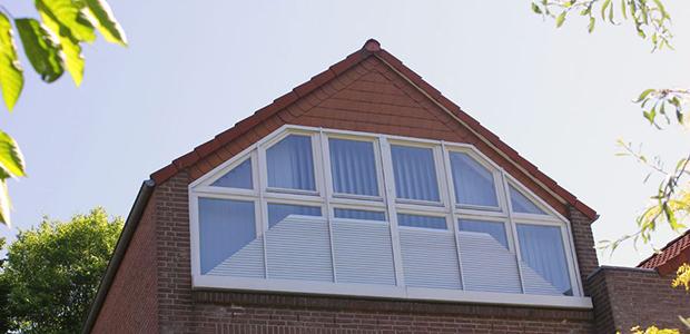 Plissee-Lösungen für Dachschrägen und Giebelfenster: Foto Warema