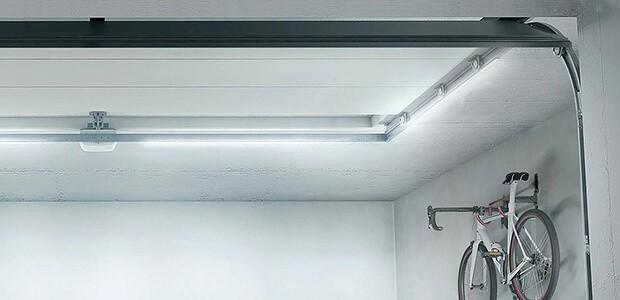 Sichere Garage mit LED Beleuchtung