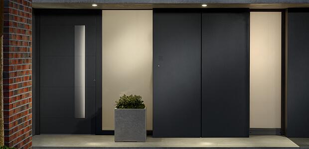 Haustüre mit beleuchtetem Griff Adeco Decenta Bentano, Foto: Adeco