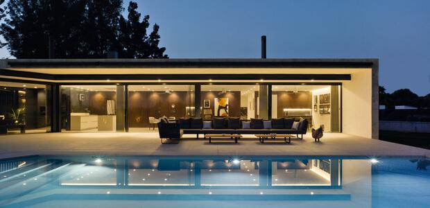 Schüco Design Schiebetür mit maximaler Glasfläche, Foto: Schüco